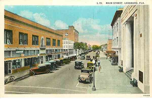 Leesburg, Florida, USA - Main Street