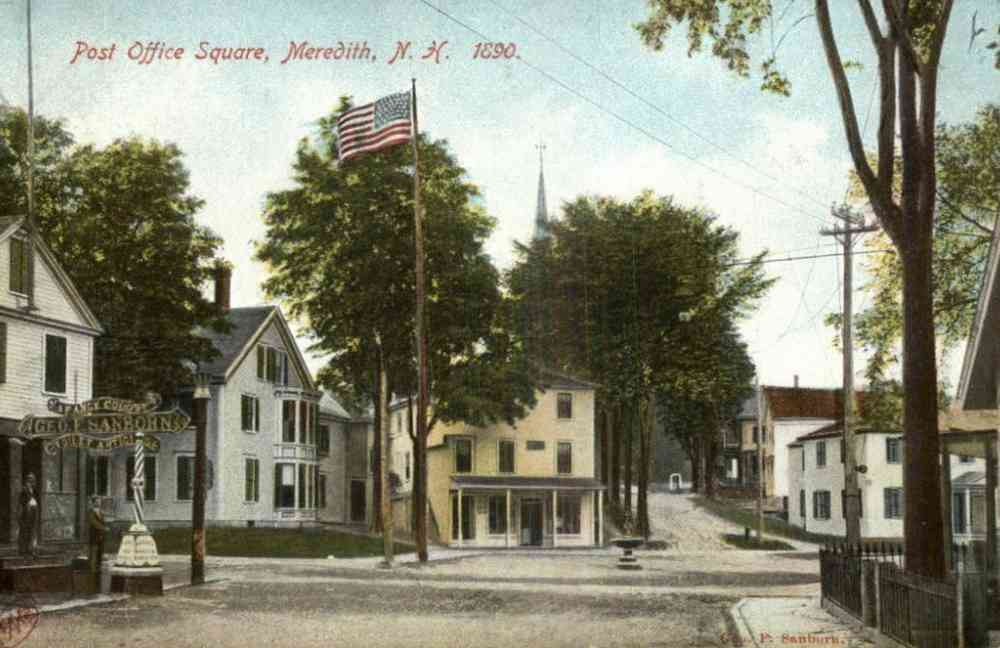 Meredith, New Hampshire, USA - Post Office Square