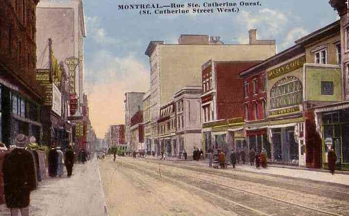 Montréal, Québec, Canada (Montreal) - MONTREAL - Rue Ste. Catherine Quest. (St. Catherine Street West.)
