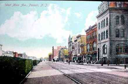 Passaic, New Jersey, USA - West Main Ave. (1910)