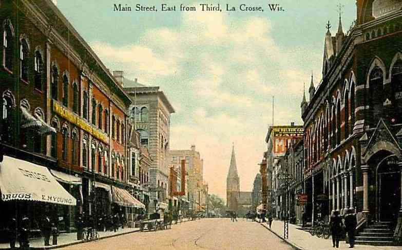 La Crosse, Wisconsin, USA (LaCrosse) - Main Street East from Third